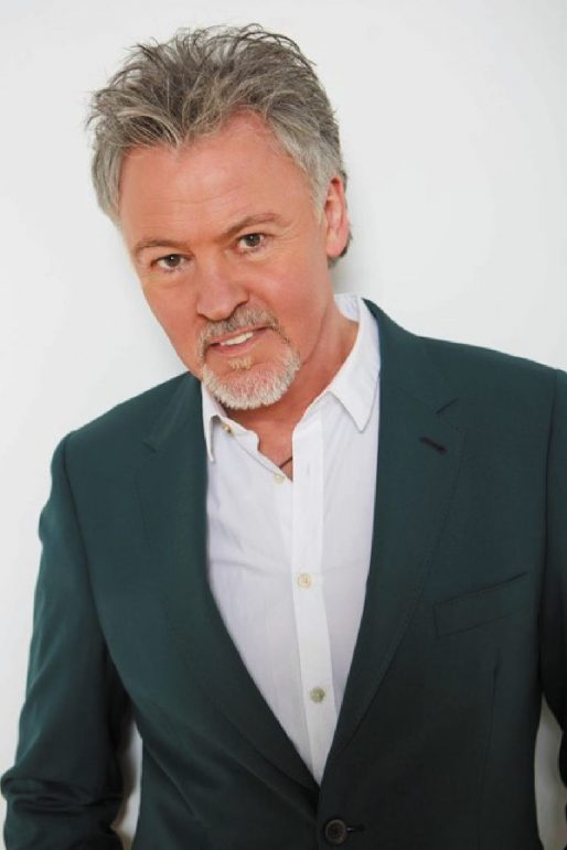 Paul Young To Lay His Hat At Rugby Lights Switch On The