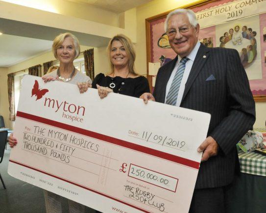Hospice fund-raising group celebrates milestone